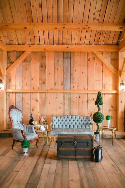 Chic barn wedding idea