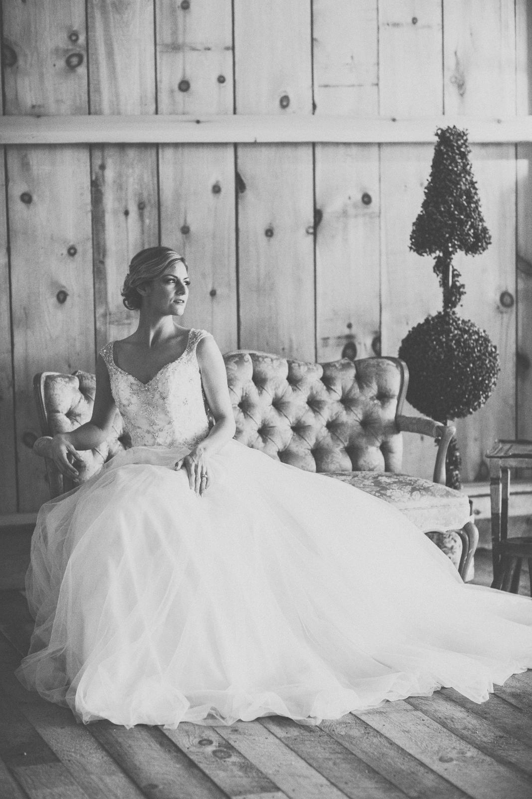 Beautiful Barn Wedding Idea
