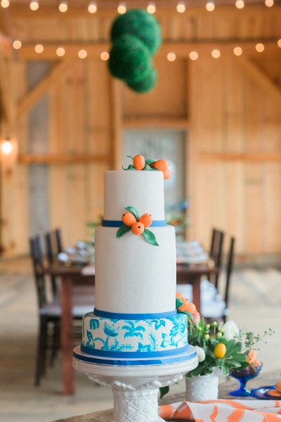 Barn Wedding Cake