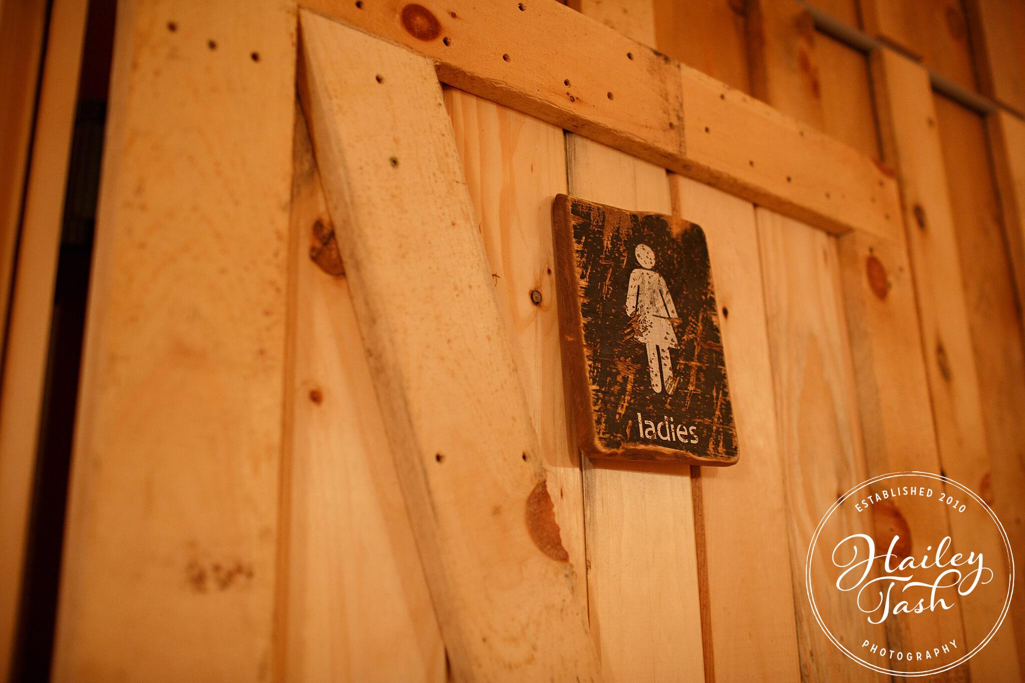 Maine Barn Wedding venue with Bathrooms